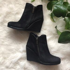 Vince Camuto suede wedged ankle booties